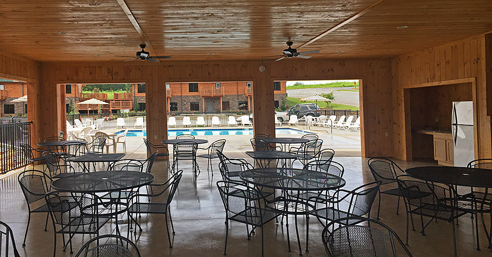 Dayton TN hotels with pools